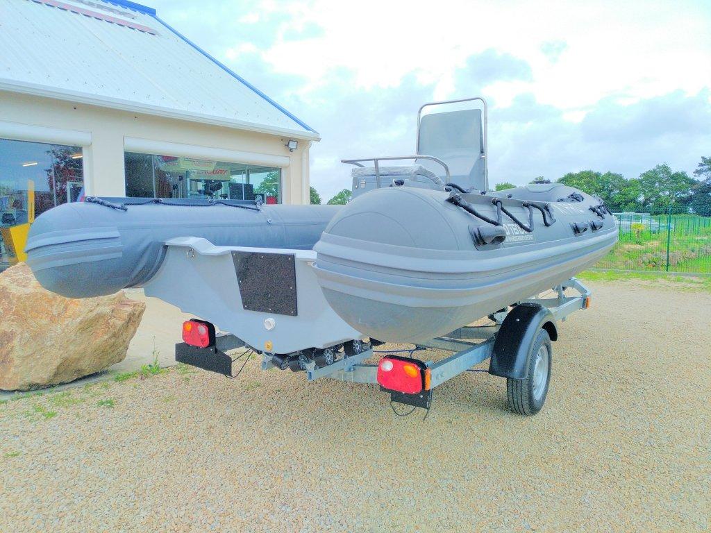 bateau a moteur 3d tender