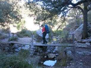 Auf dem Weg zur Quelle im Märchenwald