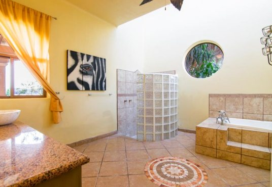 House for sale in San Juan Cosala