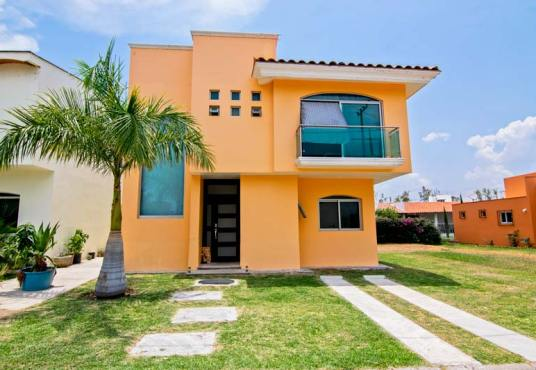 House for sale in Chapala