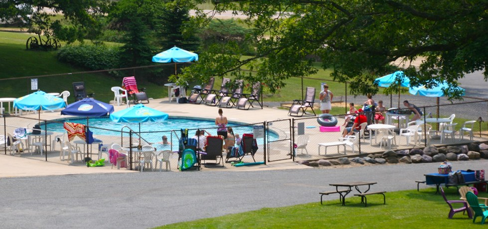 Swimming Pool at Chapparal Campground & Resort