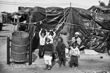 children-squatter-camp-360