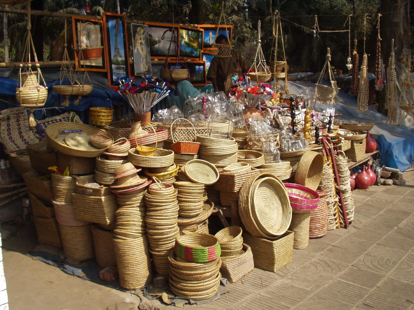 feature handicrafts - Artisanal Products and Where to Find Them