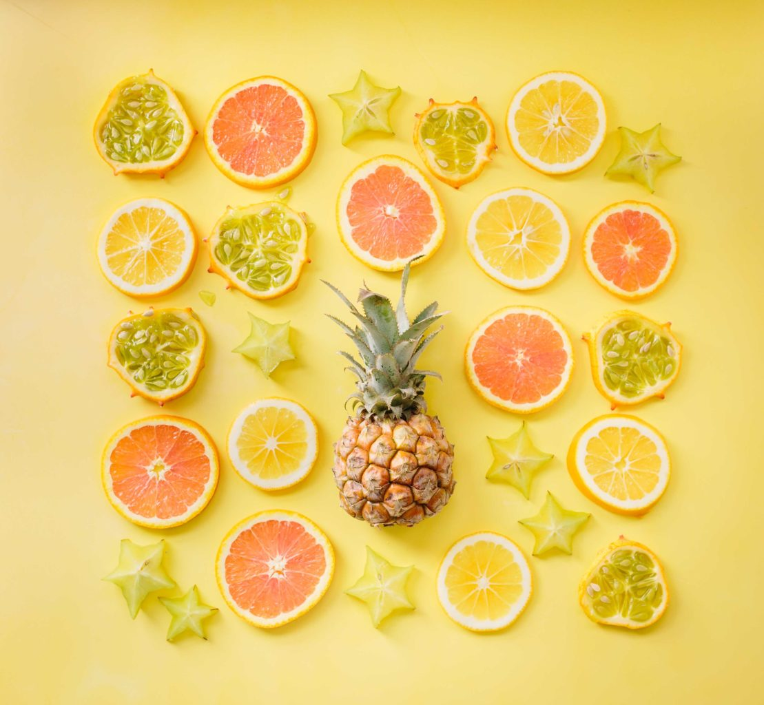 brooke lark 194251 unsplash - Greeno Juice Bars: Sipping on Sunshine