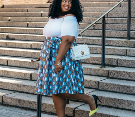 Plus Size Blogger wearing Eloquii