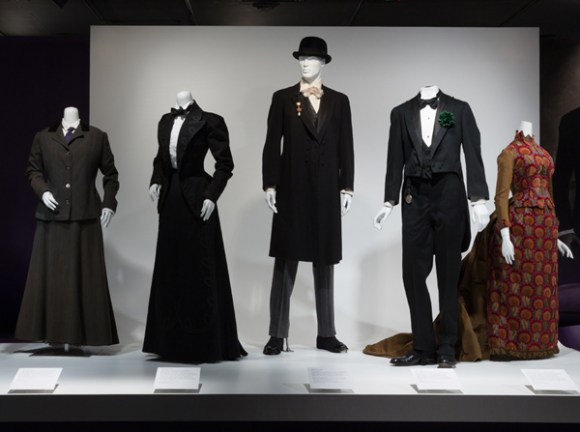 Dandies Installation View. Photo courtesy The Museum at FIT.