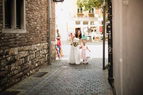 Hochzeitsreportage-Aachen-Hochzeitsfotograf-Aachen-Weisser_Saal-Eskapaden-Houda_Martin0005