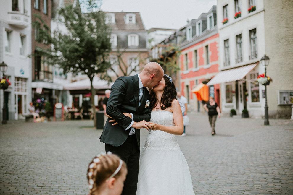 Hochzeitsreportage-Aachen-Hochzeitsfotograf-Aachen-Weisser_Saal-Eskapaden-Houda_Martin0016