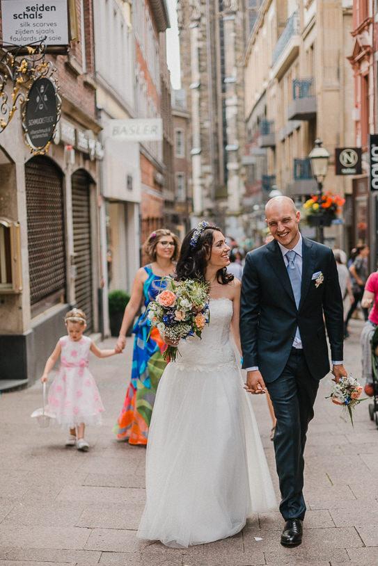 Hochzeitsreportage-Aachen-Hochzeitsfotograf-Aachen-Weisser_Saal-Eskapaden-Houda_Martin0019