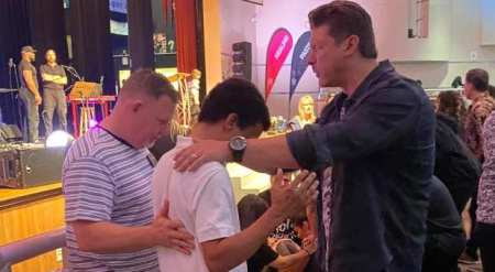 Florida Worship Leader Jenny Weaver's Brother Found After 4 Days, Gives Life to Christ