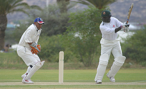 Steve Tikolo adds to his total during Kenya's ICC Intercontinental Cup fixture against Bermuda, October 23, 2005