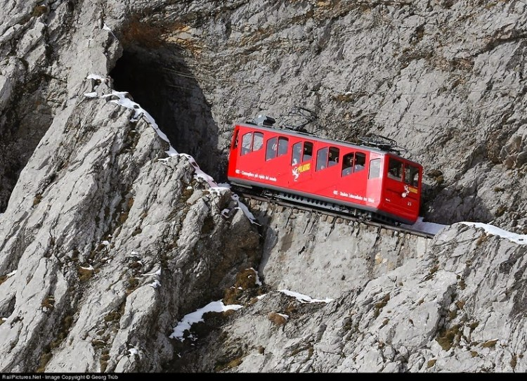 pilatus-cogwheel-railway-4[2]