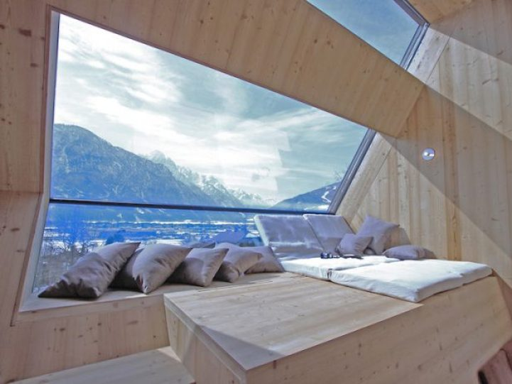Compact Home Designed for spectacular Views of the Alps9