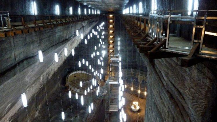 Salina Turda Salt Mines transform to History Museum10