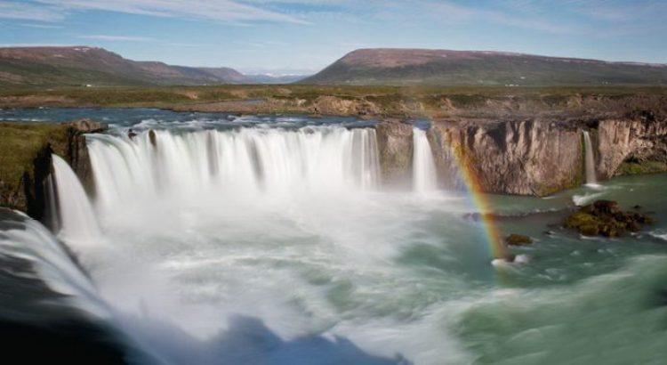 Waterfalls Of Gods Iceland5_resize
