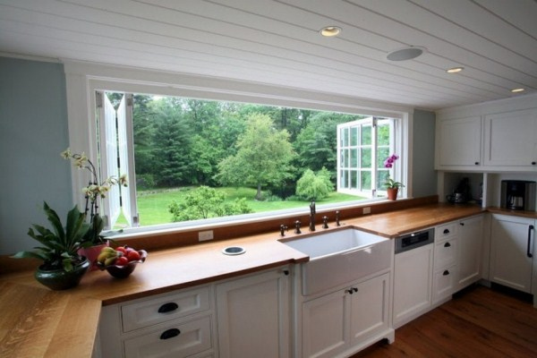 Large Kitchen Window Makes Substantial Difference in Appeal, Suitability and Space.4