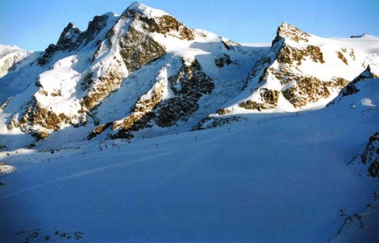 Solvay Hut Switzerland4