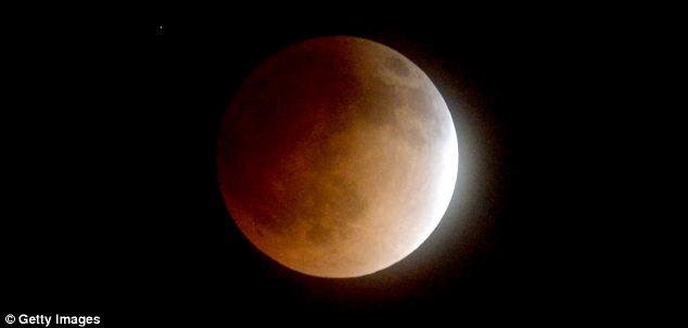 Blood Moon12