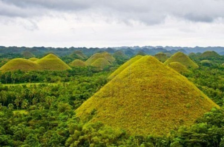 Chocolate Hills, Philippines 06