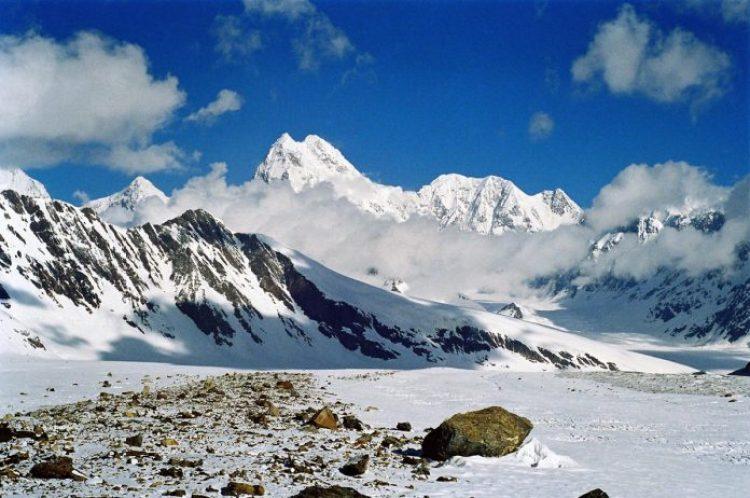 Tarakul Lake in Tajikistan28