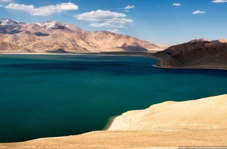 Tarakul Lake in Tajikistan4
