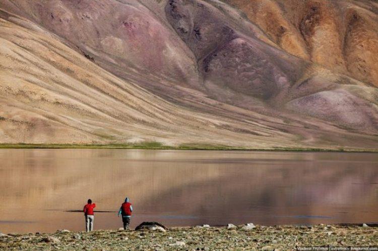 Tarakul Lake in Tajikistan8