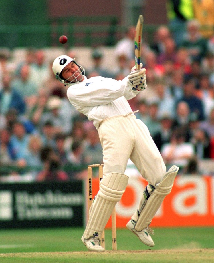 Martin Crowe sways away from a bouncer, England v New Zealand, 3rd Test, Old Trafford, 1994