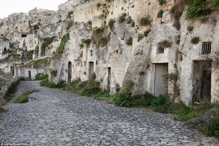 These cave dwellings are thought to be amongst the first human settlements in Italy dating back to the Paleolithic era, more than 9,000 years ago