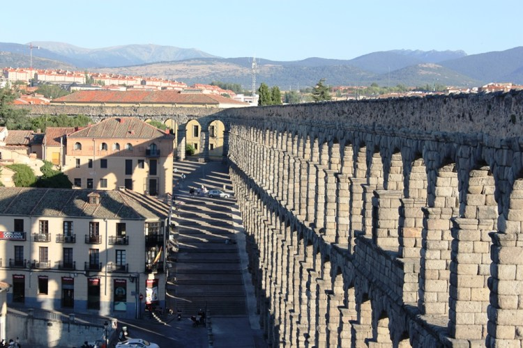 The Aqueduct of Segovia functioned for many centuries after the fall of the Roman Empire and served the communities of Segovia well into the modern era.