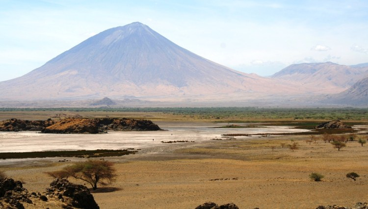 The surrounding area of Lake Natron contain some of the most astonishing scenery in Africa also a home to some wildlife, the occasional giraffe or zebra warthogs and many more.