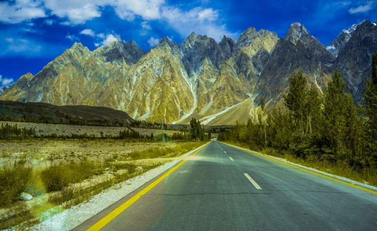 In 1959, Pakistan and China has made an agreement to construct KKH, and after so many scarification of Pakistan / China workers.