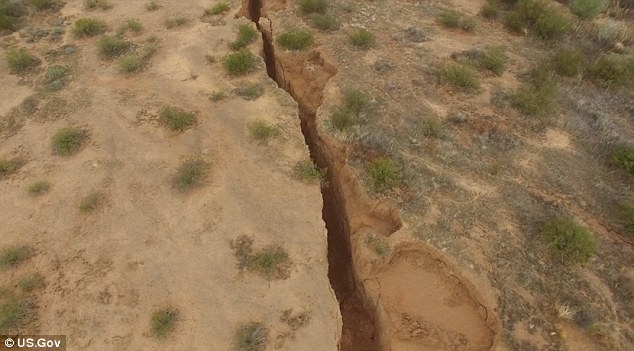 A huge two mile-long crack has been discovered in the desert in Arizona