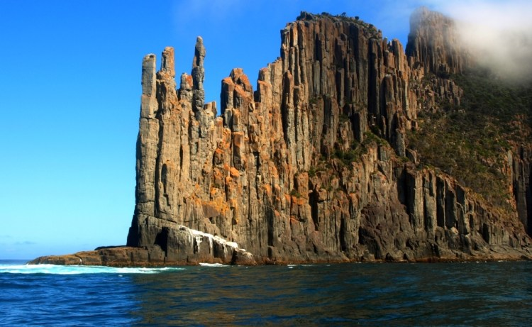 The Mother Nature majestic dolerite columns are probably formed in the Jurassic period, somewhere 185 million years ago during a massive volcanic event that covered up to a third of Tasmania.