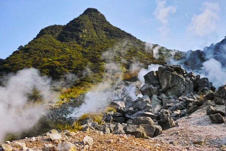 "Owakudani or ""the Great Boiling Valley"" in Hakone, Japan, is barely the perfect tourist spot."