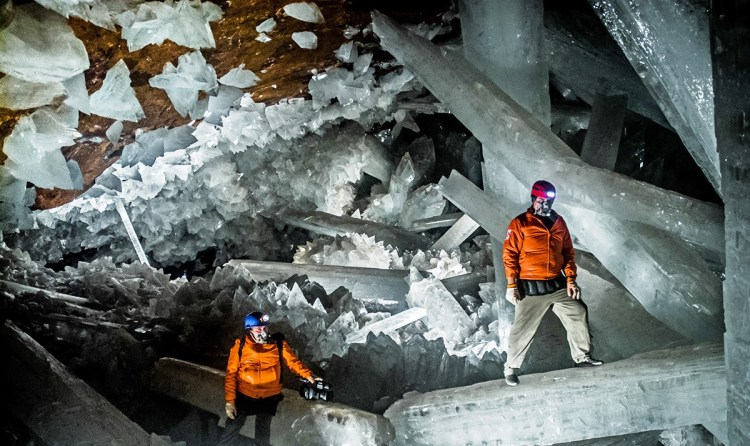Unfortunately, the crystal caves at the Naica mines are open to scientific investigation only. Even in this case, each visitor needs the proper equipment, as the temperature and humidity can easily overheat the human body.