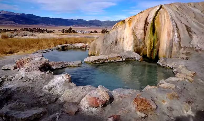 The Natural Hot Springs of Mammoth Lakes
