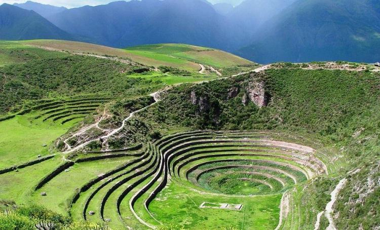 Agricultural terraces, called andenes, were built up hillsides flanking the valley floor and are today the most visible and widespread signs of the Inca civilization in the Sacred Valley.