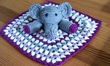 Crochet: Amigurumi elephant granny square