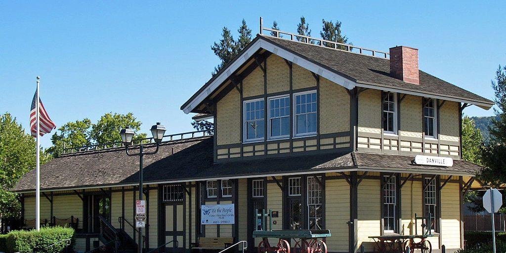 Downtown Danville Railroad - Image Credit - Sanfranman59