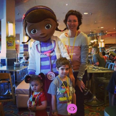 disney junior play n dine