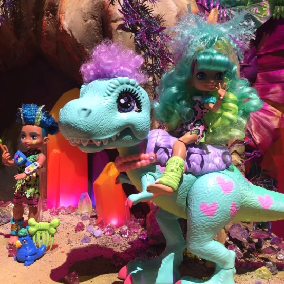 dinosaur toys for girls