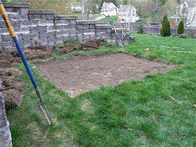 grass_removed_soil_leveled_080410.jpg