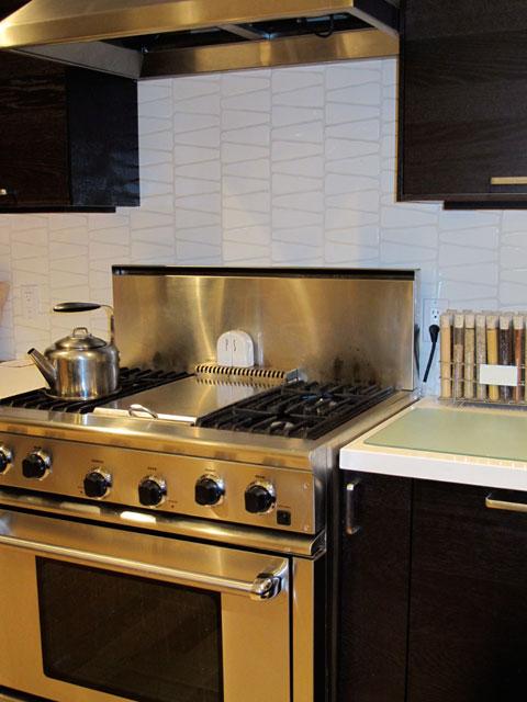 kitchen-remodel-range.jpg