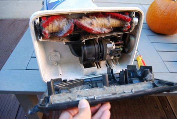 oreck-vacuum-repair3.JPG