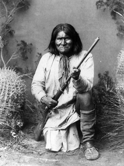 Photograph of Geronimo taken in a studio in 1887 by Ben Wittick,