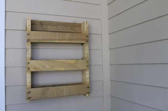Wooden Pallet Herb Garden - Charleston Crafted