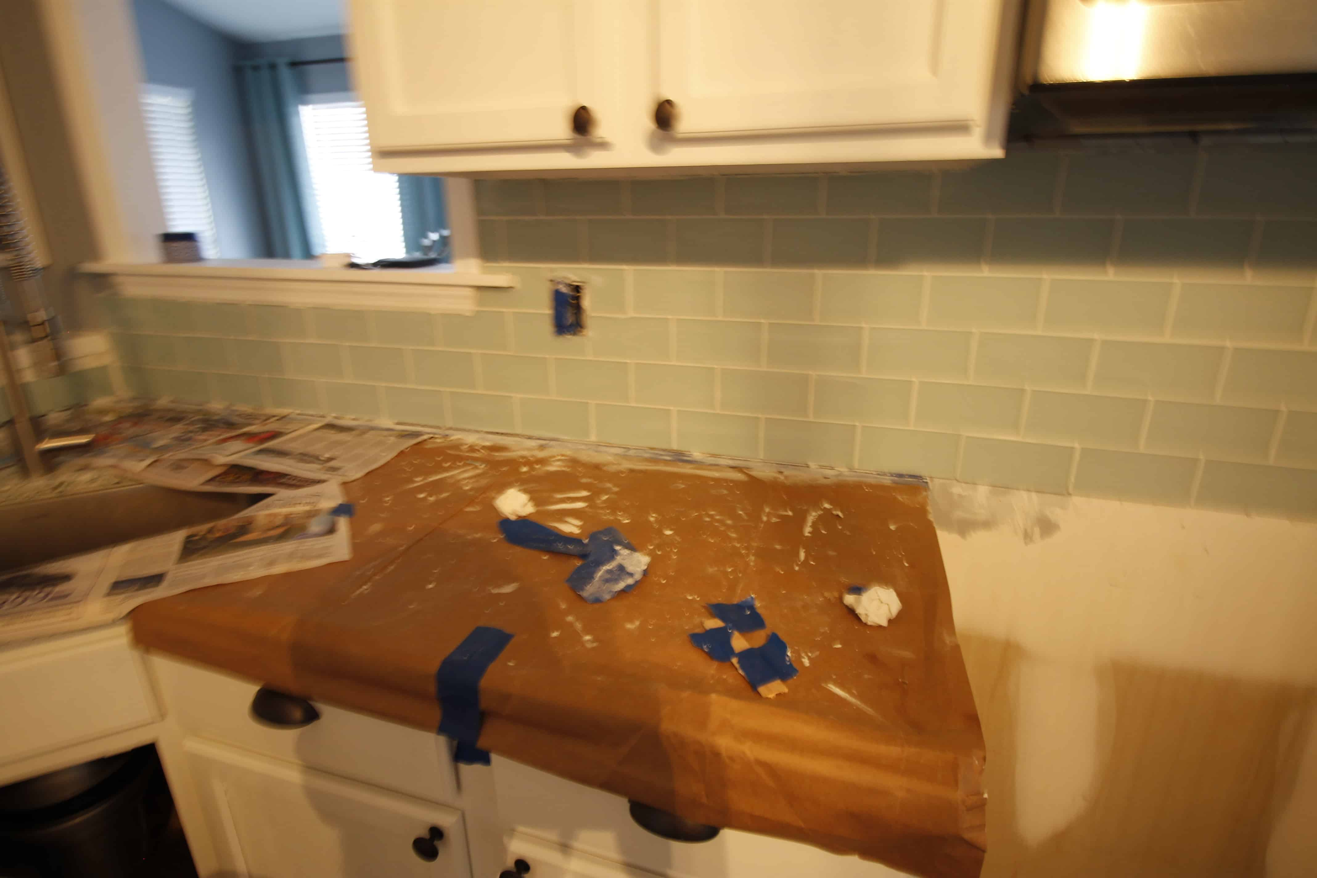 How To Hang A Tile Bar Glass Subway Tile Kitchen