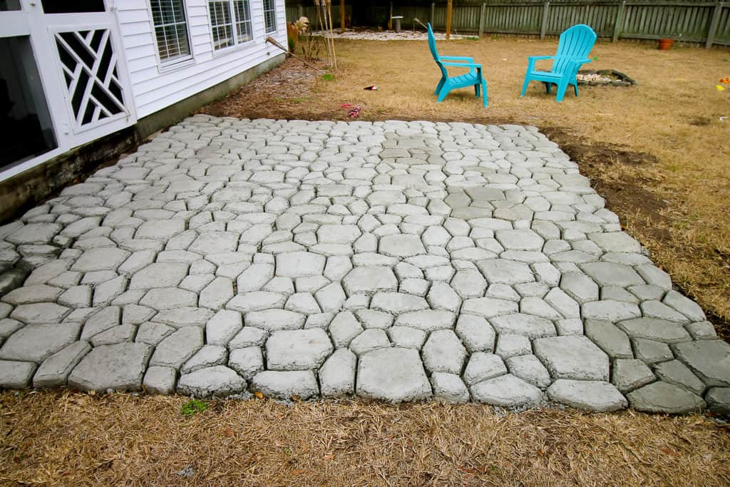 how to make a quikrete walkmaker patio