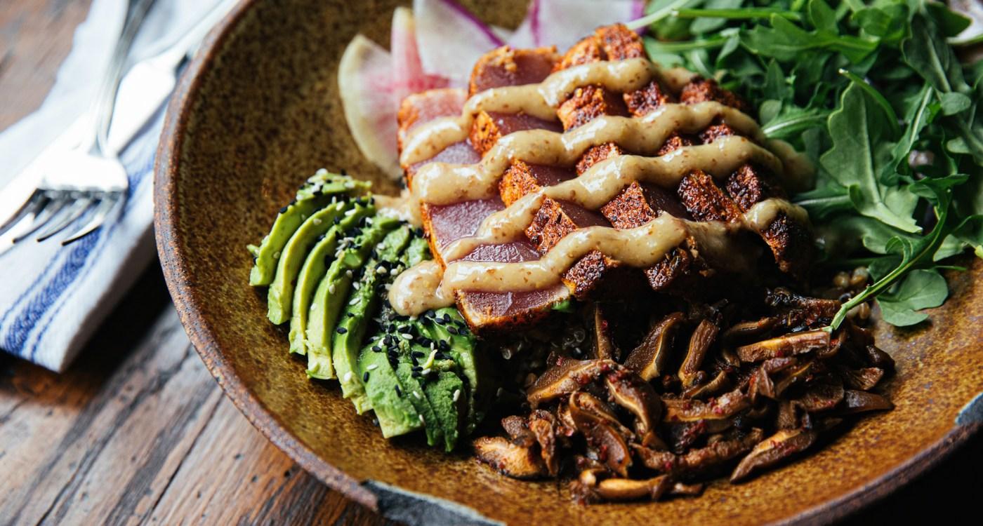 Andrew-Cebulka-Tavern + Table-seared ahi tuna bowl-0501