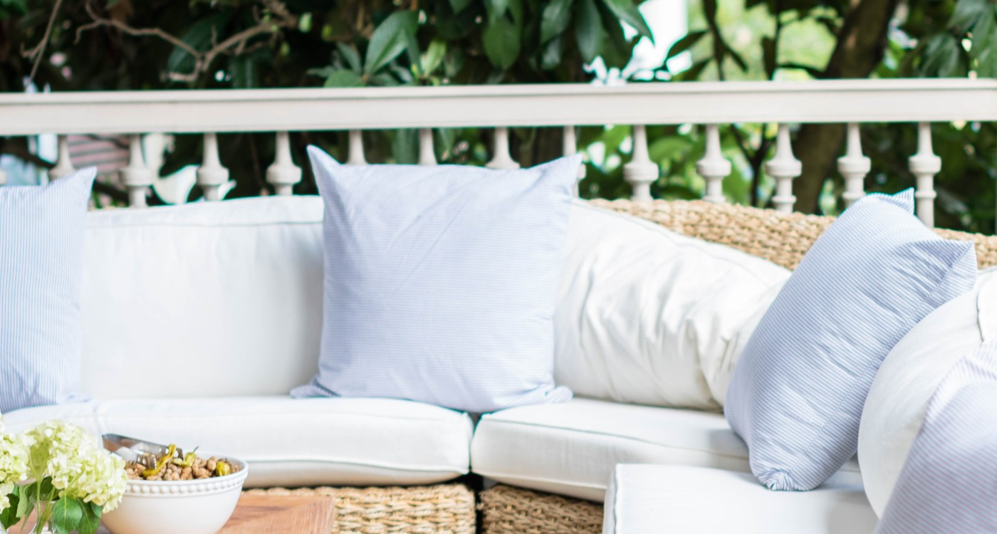 How to Host the Perfect Porch Party